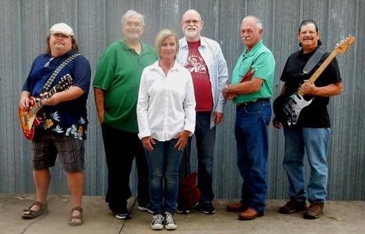 Front Page News Band will be here at Iggy's Diner at 7pm. Free Outdoor Concert. Bring your lawn chair, the weather looks great!