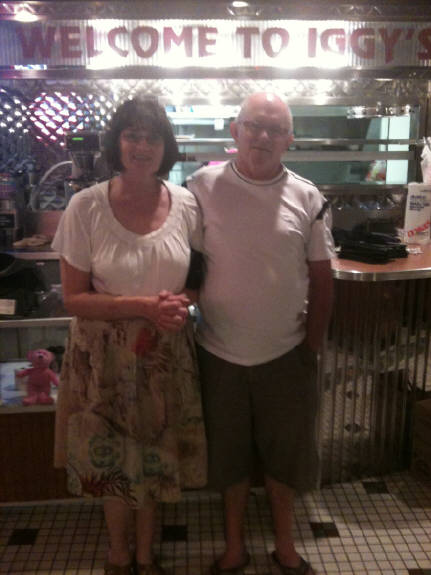 Dave & Fran Smith  stopped in to eat  and there from  New Zealand !  down under  yea !
