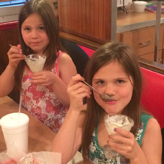 Kids Night Every   Monday Tuesday !  $1.00 off Kids meal   and free ice cream !